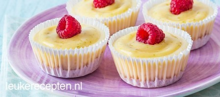Mini cheesecake met limoen topping